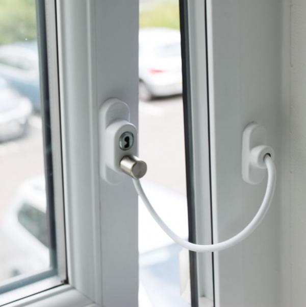 seguridad_infantil_en_ventanas