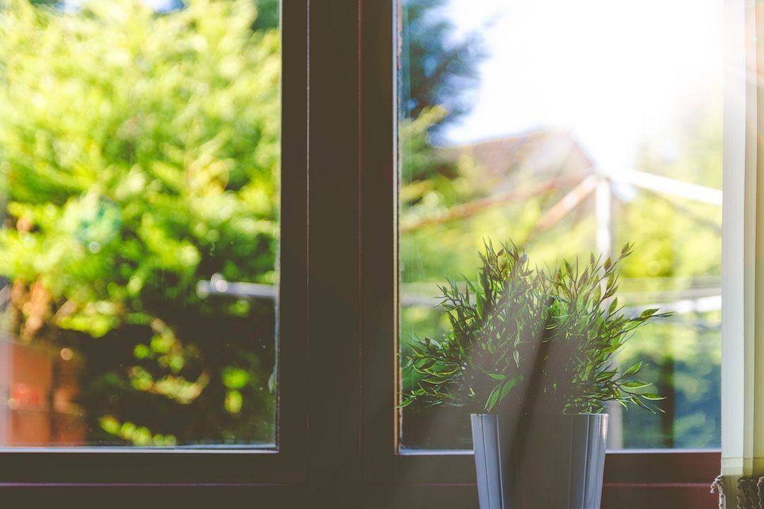 https://climalit.es/blog/wp-content/uploads/2017/07/aislantes-para-ventanas-1080x720.jpeg