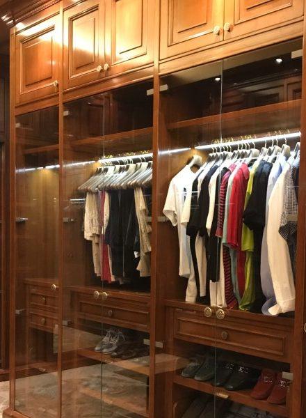 Vestidores y armarios con puertas de cristal