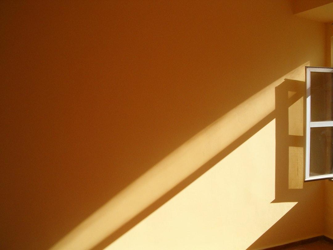 como aprovechar la luz en invierno