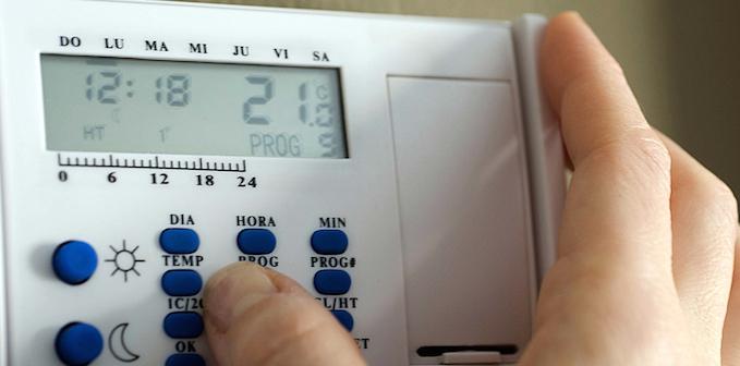 como ahorrar en calefacción termostato